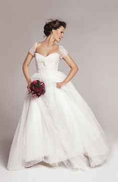 Reem Acra short sleeve wedding dress. The Wedding Scoop Spotlight: Short Sleeve Wedding Dresses