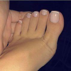 17 Ideas french pedicure designs toenails pretty toes for 2019 Pretty Toe Nails, Pretty Toes, Beautiful Toes, Cute Toe Nails, Simple Toe Nails, Pretty Pedicures, Nude Nails, My Nails, Pink Toe Nails
