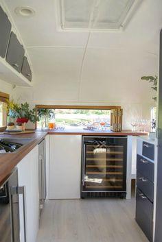 caravan bar 304344887316290266 - The Baravan Source by Foodtrucks Ideas, Food Truck Interior, Caravan Bar, Caravan Ideas, Vintage Caravans, Vintage Campers, Vintage Airstream, Mobile Coffee Shop, Food Trailer