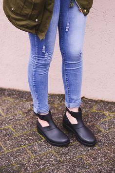 Parka, calça jeans e Melissa Antares // cute outfit by Jess Vieira: http://omundodejess.com/2015/09/look-parka-calca-jeans-e-melissa-antares/