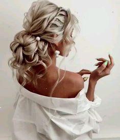 Inspiración de peinado de boda o baile de graduación - Nuevo sitio - Inspiración de peinado de boda o baile de graduación - - - Easy Updo Hairstyles, Ethnic Hairstyles, Formal Hairstyles, Bride Hairstyles, French Hairstyles, Curly Prom Hair, Prom Hair Updo, Curly Hair Styles, Bridal Hair