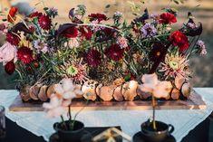 Aranjamente Florale pentru Nunti, buchete, decorațiuni. Calitate și creativitate pentru nunți și botezuri minunate! Suna-ma chiar acum! Floral Wedding, Wedding Flowers, Christmas Tree, Concept, Table Decorations, Bride, Holiday Decor, Events, Design