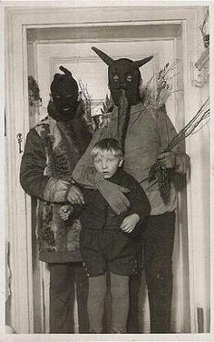 very creepy Halloween photo. these could be printed off and put into frames
