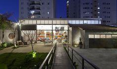Loja Fernando Jaeger por SuperLimão Studio - http://www.galeriadaarquitetura.com.br/projeto/superlimao-studio_/loja-fernando-jaeger/754#