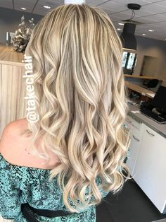 Blond, Curled Hairstyles, Curls, Long Hair Styles, Beauty, Long Hairstyle, Long Haircuts, Long Hair Cuts, Beauty Illustration