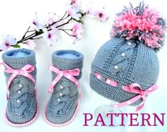 Artículos similares a Baby Hat Knitted Baby Booties Crochet Baby Hat Knitting Baby Set Crochet Baby Shoes Baby Uggs Newborn Hat Booty Baby Hat Pom Pom en Etsy Baby Knitting Patterns, Baby Girl Patterns, Baby Hats Knitting, Knitted Hats, Crochet Patterns, Booties Crochet, Crochet Baby Booties, Baby Set, Etsy
