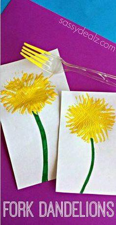 Paardenbloemen gemaakt met een vork; vrolijk en kleurrijk! Teken een steel met stift of potlood. Nu neemt het kind een vork, doopt deze in de verf en strijkt deze af boven het steeltje in een rondje. Zo kan het kind ook nog een hele bos met bloemen maken! Misschien staan deze paardenbloemen al bij u in de buurt en kunt u als vervolg activiteit de zaadjes van de bloem wegblazen.