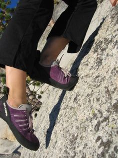 advices on buying climbing shoes