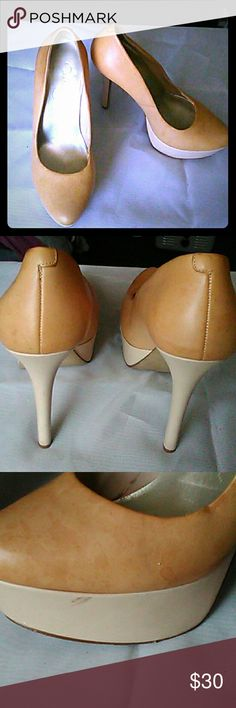 Jessica Simpson's Platform nude leather shoes Nude Jessica Simpson's Platform shoes. Amazing wear. Jessica Simpson's Shoes Heels