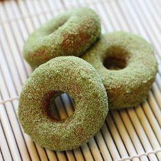 ShowFood Chef: Matcha Green Tea Sugared Doughnuts - doughnuts covered in matcha powder and sugar