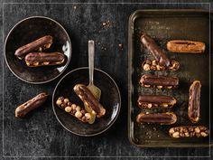 Try Chocolate éclairs by FOOBY now. Or discover other delicious recipes from our category desserts. Eclairs, Homemade Chocolate, Chocolate Recipes, Choux Pastry, Food Trends, Chocolate Ganache, Tray Bakes, Clean Eating Snacks, Cooking Time