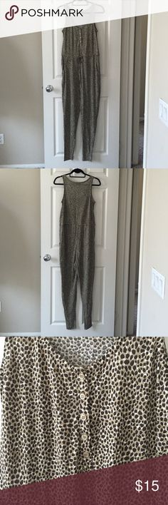 H&M leopard print jumpsuit Made in Bulgaria. Size s. Good condition only wore couple times. Light weighted and soft. Have 2 pockets on the side. H&M Pants Jumpsuits & Rompers