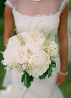 White Wedding Bouquet – Elisa B Photography