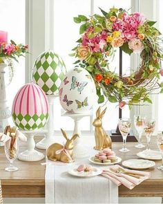 Wonderful Easter Decoration Ideas For Your Inspiration; Easter Table Decoration Ideas With Egg And Bunny; Egg And Bunny; Ostern Party, Diy Ostern, Easter Table Decorations, Easter Decor, Easter Ideas, Easter Centerpiece, Spring Decorations, Decorating For Easter, Halloween Decorations