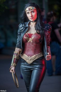 wonder woman cosplay, initially I thought she didn't have another arm and made the costume even more awesome but still an amazing costume