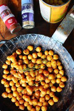 3分簡単 家バル(おやつ)レシピ ガルバンゾー(ひよこ豆)の醤油ガーリックチリパウダー炒め - スパイス大使 -|レシピブログ