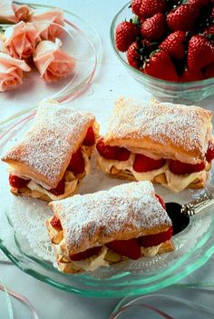 Recipe for Strawberry-Almond Cream Napoleons