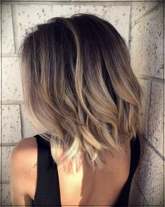 Shoulder Length Hair Color Best Picture For balayage hair blonde gray For Your Taste Medium Hair Styles, Curly Hair Styles, Brown Blonde Hair, Balayage On Short Hair, Balayage Lob, Blonde Bobs, Brunette Hair, Short Hombre Hair, Brown Ombre Short Hair