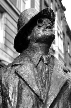 This modern-era statue on North Earl Street is notable, not just for the iconic rendering of James Joyce, but for the writer's gaze. Joyce's...