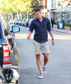 Robin van Persie has returned to pre-season training with Manchester United :D