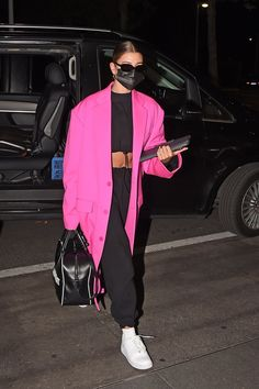 Estilo Hailey Baldwin, Hailey Baldwin Style, Mode Outfits, Casual Outfits, Fashion Outfits, Womens Fashion, Mode Streetwear, Streetwear Fashion, Elegantes Outfit