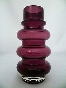 "Riihimäen Lasi ""Hooped"" Vase by Tamara Aladin – Very Retro 