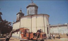 Biserica Sf. Nicolae Jitniţă, imagine din 1986, cu puţin înainte de a fi…