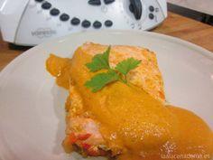 Receta de salmón con verduras en papillote con Thermomix fácil y sana. Salmón al vapor con Thermomix.