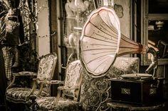 Free photo Flea Market Nostalgia Gramophone Old Junk Vintage - Max Pixel Vintage Images, Vintage Items, Vintage Gifts, Vintage Decor, Vintage Jewelry, Paris Flea Markets, Phonograph, Way To Make Money, Retro