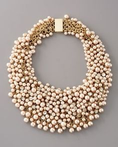 Vintage gold and pearl necklace.