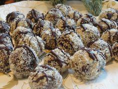 Vegagyerek: Diós csokigolyók Cereal, Breakfast, Dios, Morning Coffee, Breakfast Cereal, Corn Flakes