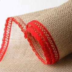 Jutový běhoun s červenou bavlněnou krajkou