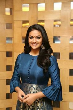 Keerthi Suresh seductive tollywood tempting insane beauty face unseen latest hot sexy images of her body show and navel pics with big cleava. Sleeves Designs For Dresses, Dress Neck Designs, Blouse Designs, Indian Gowns Dresses, Indian Fashion Dresses, African Fashion, Long Gown Dress, Sari Dress, Long Dress Design