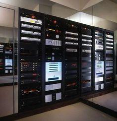 Crestron-Home-Automation-Programmer-Worldwide-Programming-Savant-Control4
