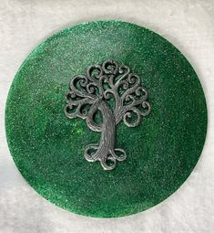 Goddess Tree Meditation Disc in Green #etsy #goddesstree #spiralgoddess #meditationdiscs #altarpieces #goddessart #meditationaids #meditation Spiral Tree, Clear Your Mind, Goddess Art, Snake, Meditation, Symbols, Handmade Gifts, Green, Etsy