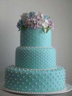 Wedding cake with Tiffany Blue fondant icing 💙 Beautiful Wedding Cakes, Gorgeous Cakes, Pretty Cakes, Tiffany Cakes, Tiffany Party, Anniversaire Harry Potter, Occasion Cakes, Fancy Cakes, Turquoise