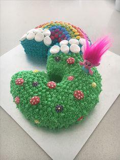 Number 3 Troll Cake