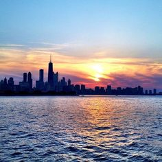 Take a lovely sunset cruise on Lake Michigan in Chicago.