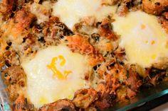 Thanksgiving Eggs (Breakfast recipe using leftover stuffing!) #breakfast #recipes