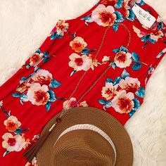 Do you need the perfect Saturday afternoon outfit?? This is IT! This RosePunch Dress is darling paired with the Tassel Necklace and the Beachin Fedora! Simple yet sophisticated.