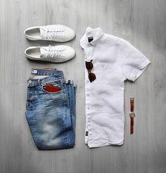 Weekend warrior ☀️ #summerlovin  Shirt: @toddsnyderny Short Sleeve Linen Sunglasses: @davidkind Denim: @baldin Selvedge Shoes: @commonprojects Wallet: @blackbearleather Watch: @miansai