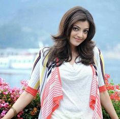 Kajal Agarwal In Pink And White Top With Natural Background Photoshoot HD Wallpaper, Bollywood Actress Images Indian Celebrities, Bollywood Celebrities, Bollywood Actress, Indian Film Actress, Indian Actresses, Glamour World, Makeup List, Indian Star, Indian Bridal Makeup