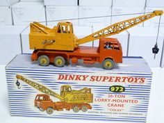 DINKY TOYS NO.972 COLES 20 TON LORRY MOUNTED CRANE, BOXED WITH INSERT