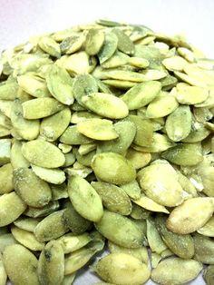 Health Benefits of Pumpkin Seeds (Pepitas) - 7g of Protein in Just 1 oz!!!