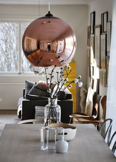 Home I Interior I Furniture I Eating I runde Kupfer Leuchte I Design I Copper Shade Lighting by Tom Dixon
