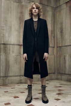 Balenciaga Spring 2016 Menswear Fashion Show Fashion Show Review
