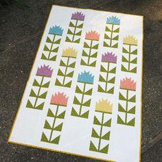 Thistle quilt designed by Elizabeth Hartman. Features Rhoda Ruth by Elizabeth Hartman and Essex and Essex Yarn Dyed.
