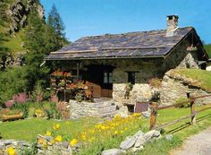 Love this rustic cabin