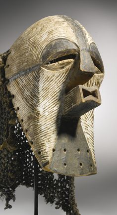 SONGYE KIFWEBE MASK, DEMOCRATIC REPUBLIC OF THE CONGO Height: 12 1/2 in (31.8 cm) | Sotheby's