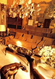 little augury: CHANEL'S apartment